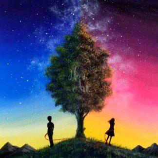 Fiú és lány egy fa mellett
