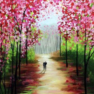 erdei séta rózsaszín levelű fák között