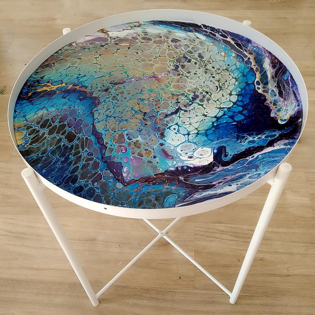 asztallap fluid art technikával festve