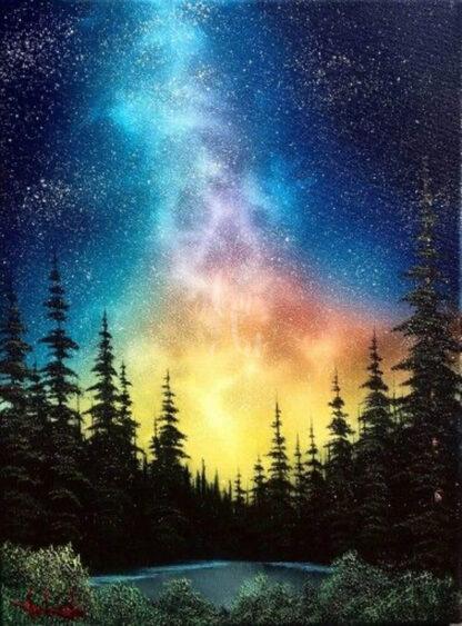 csillagos égbolt az erdő felett