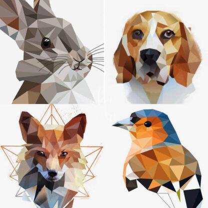 a kép egy montázs állatokról geometrikus festés stílusban, kutya, róka, madár