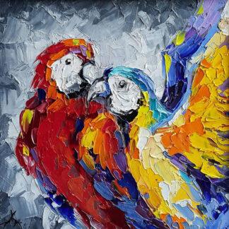 a kép tartalma: két színes papagáj